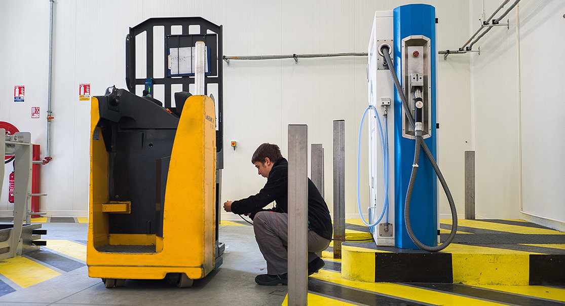 hydrogen station forklift clean transport