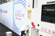 Air Liquide collaborates with the RATP group for a hydrogen bus test at its Loges-en-Josas' refueling station