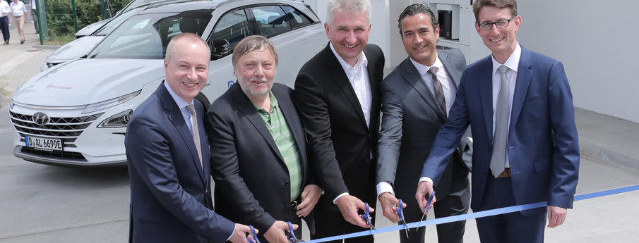New hydrogen station opening in Dusseldorf, Germany